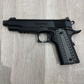 Pistolet Browning 1911-22...