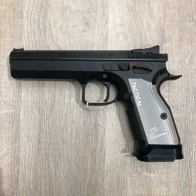 Pistolet CZ 75 Tactical...